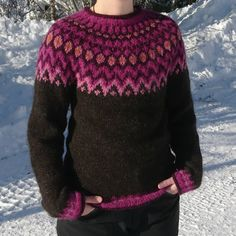 a knit and crochet community Fair Isle Knitting Patterns, Knitting Designs, Icelandic Sweaters, Knit Art, Crochet Wool, Fashion Colours, Pulls, Knits, Clothes