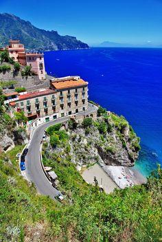 Amalfi Coast, Italy que bellezaaaaaaaa!!!!!!  The most beautiful place in the world ( for me).