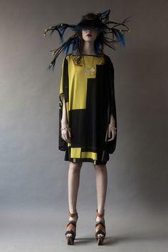 'The Meeting' Fashion Collection // Simon Ekrelius Bonnie Parker, Double Helix, Couture Fashion, Style Inspiration, Elegant, Collection, Fashion Designers, Interview, Editorial