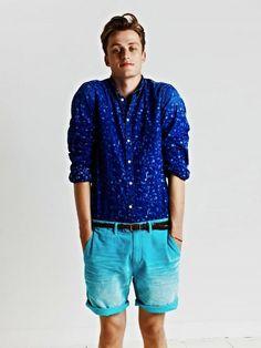 Combinación de colores azul, Bermudas con Camisa.