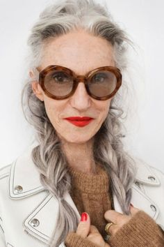 GD Linda Rodin takes a bath every night and aspires to sleep til noon every day!