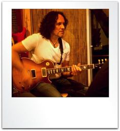 """#WayBackWednesday to when #Guitarist Vivian Campbell of Def Leppard was Rockin' My """"A"""" Room here @ ES Audio Recording Studio in L.A.!:)  Great Times!:)   #Rock On!:) \m/  Photo: www.ESAudio.com 2015   #wbw #VivianCampbell #DefLeppard #ESAudio #RecordingStudio #Studio #LosAngeles #CA #RockAndRoll #tbt #ThrowBackThursday #fbf #FlashBackFriday"""