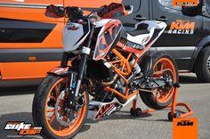 Ktm Duke, Duke Motorcycle, Ktm Motorcycles, Ktm 125, Custom Bikes, Motorbikes, Luxury Cars, Bicycle, Racing