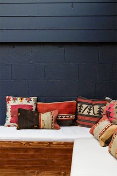 love the colours and materials - navy and wood