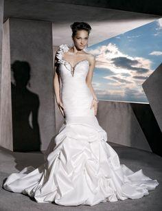 Trumpet/mermaid sleeveless taffeta floor-length bridal gown