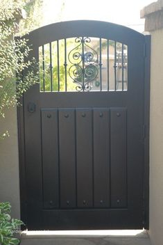 Garden gates 393853929913883981 - Old Gate Gallery – Garden Passages Source by keltiehhh Small Garden Gates, Wrought Iron Garden Gates, Backyard Gates, Garden Doors, Outdoor Gates, Garden Entrance, House Front Gate, Front Gates, Entrance Gates