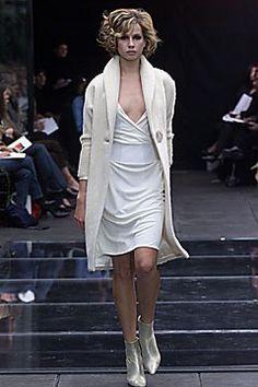 Richard Tyler Fall 2001 Ready-to-Wear Fashion Show - Richard Tyler, Marianna Weickert