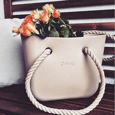 Great pic sent in by @andihimer #repost #obag #roses #rope #flowers