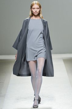 MaxMara Spring 2014 RTW - Review - Fashion Week - Runway, Fashion Shows and Collections - Vogue