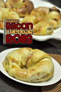 Loaded Bacon Cheddar Rolls ~ They taste like O'Charley's Loaded Potato Soup!