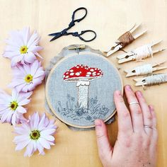 Have you stitched up this month's pattern collab with @begoodnatured? I'm extending its stay just a little while longer (while I finish up July's pattern), so grab it while it is hot! 🍄💕 . . . . . . . . #handembroidery #embroidery #dstexture #thefiberstudio #craftsposure #flashesofdelight #acolorstory #cylcollective #makersmovement #handsandhustle #colorsplurge #createeveryday #abmplantlady #embroiderypattern #pattern #doityourself #diy #foundinnature #wildflowers #flowergram #toadstool…