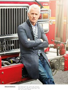 Mad Men star John Slattery poses for ESQUIRE Magazine UK photographed by Neil Gavin with elegant styling from Eric Nicholson at Atelier Management. John Slattery, Esquire Uk, Beau Brummell, Uk Magazines, Gentleman Style, Mad Men, Men Dress, What To Wear, Suit Jacket