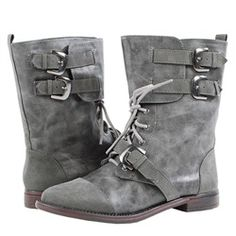 gray boots <3