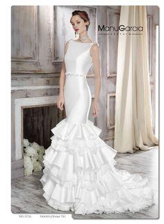 Falda con volantes para tu vestido de novia. Colección 2016 http://blog.higarnovias.com/2015/07/28/vestido-de-novia-con-volantes/