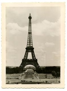 vintage Paris photo from Graphics Fairy #eiffel_tower