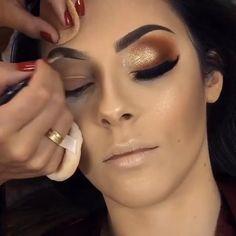 Sparkle Eye Makeup, Golden Eye Makeup, Soft Eye Makeup, Makeup Geek Eyeshadow, Bridal Eye Makeup, Smokey Eye Makeup Tutorial, Makeup Eye Looks, Beautiful Eye Makeup, Colorful Eye Makeup
