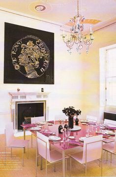 Pretty dining room, look at the ceiling...gorgeous!