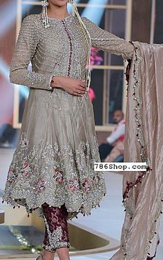 We have Pakistani/Indian Designer clothes online. Formal and Party Pakistani dresses. Buy Designer formal wear and wedding dresses. Desi Wedding Dresses, Asian Wedding Dress, Pakistani Bridal Dresses, Pakistani Dress Design, Pakistani Designers, Pakistani Outfits, Indian Dresses, Indian Outfits, Pakistani Engagement Dresses