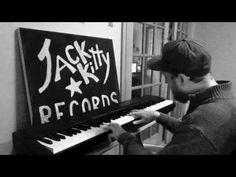 The Dream Studio - Otis Redding - Sitting On The Dock Of The Bay - Tyler...
