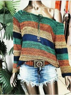 The post is in Finnish but links to the pattern (also in Finnish) which links to the free Ravelry pattern w Crochet Shirt, Crochet Cardigan, Knit Crochet, Knitting Patterns, Hand Knitting, Mode Crochet, Crochet Woman, Knit Fashion, Knit Patterns