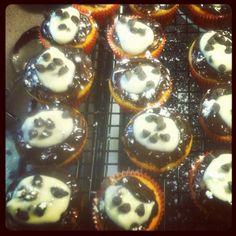 Cannoli cupcakes Cannoli Cupcake, Cheesecake, Cupcakes, Desserts, Food, Cheesecake Cake, Tailgate Desserts, Cupcake, Meal