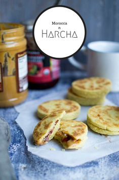 Moroccan Harcha is a traditional Semolina bread that is buttery and delicious. They are great to fill with cheese, jam or Nutella. Yeast Bread Recipes, Flatbread Recipes, Breakfast Dishes, Breakfast Recipes, Moroccan Bread, Best Vegetarian Recipes, Recipe 30, Middle Eastern Recipes, International Recipes