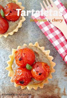 Tartaletas con paté de berenjena y cherry confitados