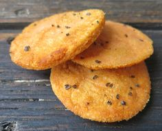 Red Lentil Crackers: Gluten Free, Delicious, Nutritious and Economical! Water and ground red lentils rolled and fried in Coconut oil: a flavour bonus! Healthy Crackers, Gluten Free Crackers, Homemade Crackers, Gf Recipes, Gluten Free Recipes, Snack Recipes, Cooking Recipes, Flour Recipes, Vegetarian Recipes