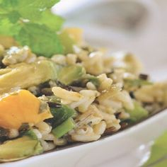 Salada de Arroz Selvagem - Estes três ingredientes vêm juntos em uma incrível salada de arroz selvagem. Sirva em temperatura ambiente ou fria, de qualquer forma ela é fantástica...