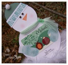 Super cute gift card holders: snowman, Santa, reindeer.  No pattern, just inspiration.