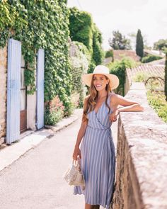 Summertime blues in Ménerbes (link in profile to this daily look) #summerinfrance #provence #menerbes #summerstyle #bluestripes #gmgtravels #france