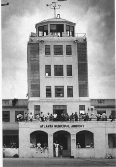 In 1941 Delta moved its home base from Selman Field in Monroe, Louisiana to Atlanta, Georgia. It had an observation deck