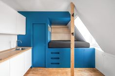 Small Space Living, Tiny Living, Small Spaces, Living Spaces, Small Apartment Layout, Small Apartments, Micro Studio, Prefab, Cabinet