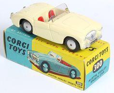 Corgi Toys 300 Austin Healy Pic. by www.QualityDiecastToys.com
