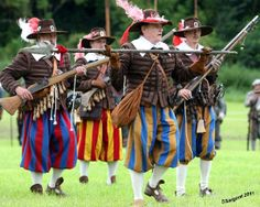 I need me some pants like that- 17th century Bavarian musketeers