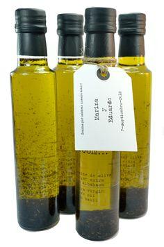 Mini botellas de aceite de oliva virgen. Un regalo gourmet para los invitados #weddingfavors #detallesboda #tendenciasdebodas
