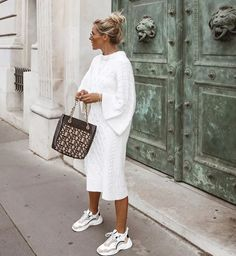 Street Style: The 30 Best Looks For Everyday - Outfit Ideas Street Style Outfits, Mode Outfits, Fashion Outfits, Womens Fashion, Fashion Tips, Swag Fashion, 70s Fashion, Fashion Trends, Dress Fashion