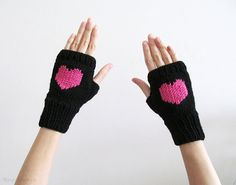 Hand Knit Fingerless Gloves in Black  Orchid Pink by naryaboutique