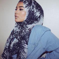 f a r i d a™ k m Hijab Fashion Inspiration, Style Inspiration, Habiba Da Silva, Beautiful Hijab, Hijab Outfit, Muslim Fashion, Everyday Fashion, Hijab Styles, Fashion Beauty