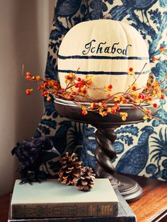 How to Make a Lettered Pumpkin - on HGTV