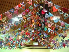 beautiful handmade bunting from Attic 24 - crochet triangles from friends around the world. Doily Bunting, Crochet Bunting, Bunting Garland, Crochet Doilies, Crochet Designs, Crochet Triangle, Yarn Bombing, Diy Party Decorations, Garlands
