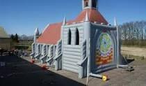Opblaasbare Kerk (Inflatable church) - BlowUpChurch.com