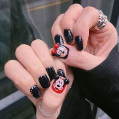 Nails Art Disney Pictures Ideas For 2019 Cartoon Nail Designs, Disney Nail Designs, 3d Nail Designs, Mickey Mouse Nail Art, Mickey Mouse Nails, Manicure Pictures, Nail Art Design 2017, New Years Nail Art, Nail Techniques