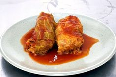 """Stuffed cabbage or golubtsy (""""go-lub-tzy"""") in Russian is a dish of Middle Eastern as well as European cuisine. The best ever Classic Cabbage Rolls Recipe with a twist. Cabbage Recipes, Beef Recipes, Cooking Recipes, Healthy Recipes, Healthy Food, I Love Food, Good Food, Yummy Food, Chicken"""