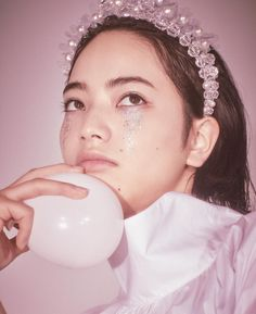 Nana Komatsu Fashion, Komatsu Nana, Psychedelic Fashion, What Is Tumblr, My Heart Is Breaking, Pretty People, Old Things, Pearl Earrings, Make Up