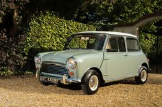 1964 Morris Mini Cooper  Maintenance/restoration of old/vintage vehicles: the material for new cogs/casters/gears/pads could be cast polyamide which I (Cast polyamide) can produce. My contact: tatjana.alic@windowslive.com