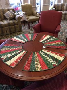 Art Placemats, Round Table Placemats, Quilted Placemats, Christmas Placemats