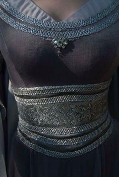 Silber grau Elfen Kleid. Kundenspezifisch von DressArtMystery