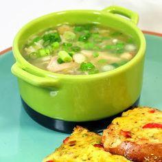 52 Ways to Cook: Ramen Noodle Chicken Soup for the Sick Soul - 52 Ramen Noodle Upgrades Keto Crockpot Recipes, Baby Food Recipes, New Recipes, Soup Recipes, Chicken Recipes, Dinner Recipes, Cooking Recipes, Healthy Recipes, Dinner Ideas