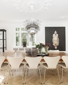 Dining Room Bench Seating, Dining Room Design, Dining Area, Dining Chairs, Dining Table, Interior Decorating, Interior Design, Modern Kitchen Design, Arne Jacobsen